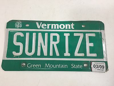 SUNRIZE - Vermont Vanity License Plate VT Personalized - Sun Rise Shine Ray Set