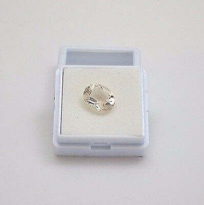 Champagne Wernerite - Scapolite - Oval Cut - 2.55ct - 8.2x10.3mm Loose Gemstone