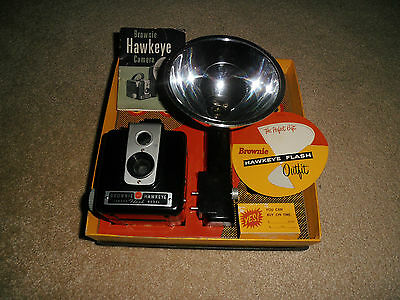 Brownie Hawkeye Flash Camera Outfit With Box & Booklet