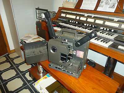 Bell & Howell 2592 16 Mm Film Sound  Projector