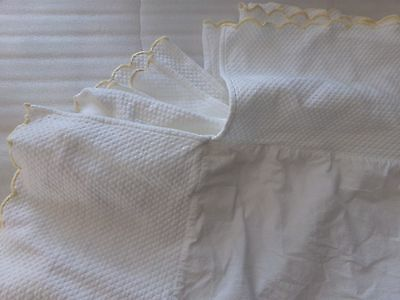 Pottery Barn Kids Quilted Matelasse White Yellow Scallop Dust Ruffle Crib Skirt