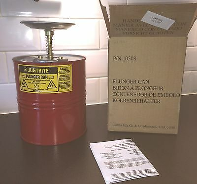 Justrite 10308 1 Gallon (3.785 Liters) Steel Plunger Can for flammable liquids
