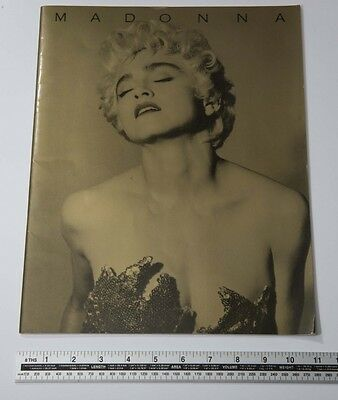 01 F/S MADONNA World Tour 1987 WHO's THAT GIRL Concert Tour Program from Japan