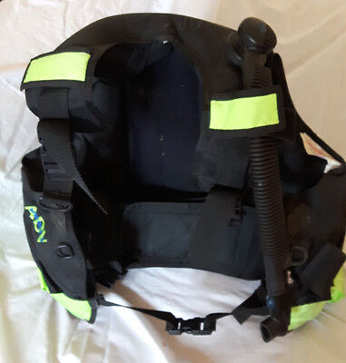 Seaquest Buoyancy Compensator/BCD Jacket Size Medium/Large