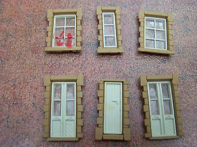 Hornby ~ Spare Windows and Doors from Dunster Station ~ OO Gauge