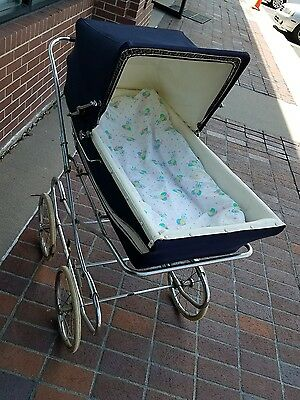 Vintage Royale baby  carriage 1940-1950 era