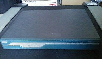 Cisco 1841 router SPSERVICES 1800 Series