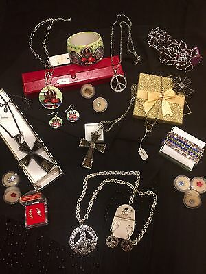 Wholesale Lot NEW Sashay & Designer Jewelry Necklaces Earrings Toe Rings &Access