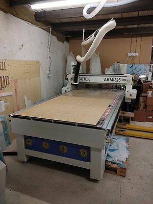CNC Router Machine - 1300mm x 2500mm Bed Size, UK Based