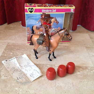 Vintage Sindy Very Rare Western set with horse mint in box