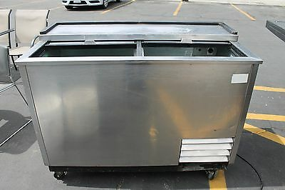 """Used 50"""" True T-50-GC-S Glass and Plate Chiller"""