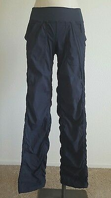 Lululemon Studio Pant Size 6 Unlined Gray Cinched Cropped Shadow Stripe Gym Yoga