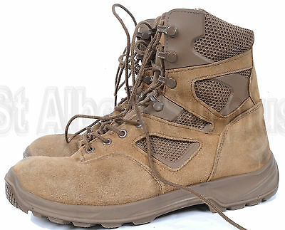 Canadian Army Combat Boots - Lightweight - Size 9.5 - 1379B34