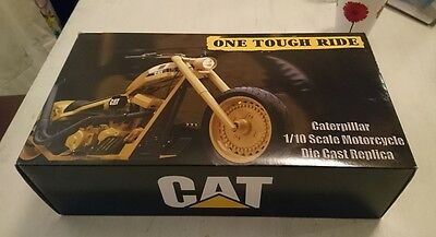 caterpillar 1/10 scale motorcycle boxed unused, by RC2 models dated 2006 rare
