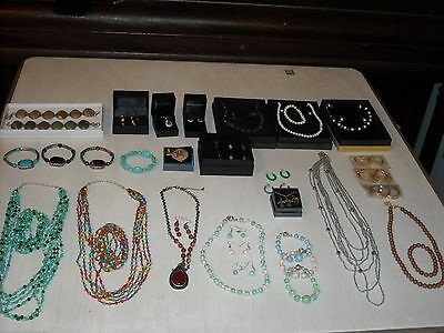 Wholesale Lot of over 25 Assorted Sets of Jewelry Lot 29