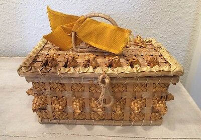 Antique Split Reed Woven Victorian Sewing Basket Textured Trinket Box Vintage