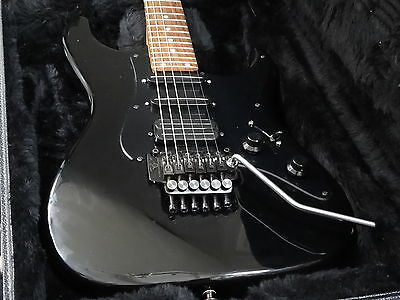 Valley Arts Standard Pro High End 90s Made in USA All Black with Case
