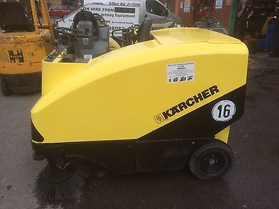 Karcher KMR 1550 Diesel Ride On Sweeper With Pneumatic Hopper And Side Brushes