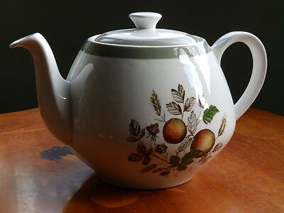 Alfred Meakin Hereford pattern teapot
