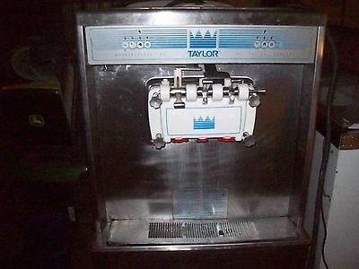 Taylor 754-27 commercial 2 flavor twist s/s ice cream machine, water cooled 220v