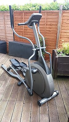 Cross trainer vision fitness elliptical