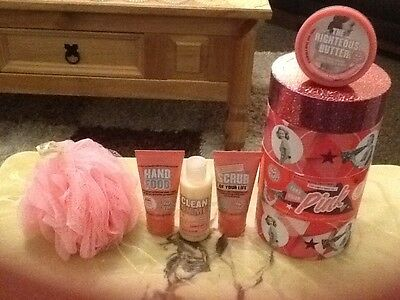 *SALE* L@@K* NEW Soap & Glory Take Your Pink  Gift Set