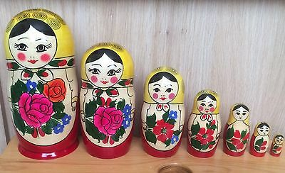 Traditional Semenov  7 Piece Set. Matryoshka Nesting Doll