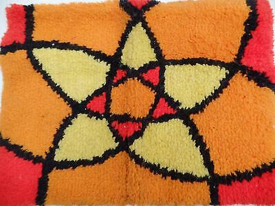 """Handcrafted Abstract Star Hatch Hook Rug Wall Hanging Orange Red Yellow 27"""" Vtg"""