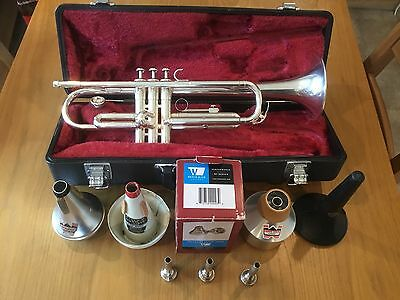 Yamaha Ytr 1335s Trumpet , Case , Mouthpieces , Mutes And Stand
