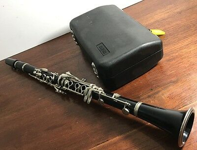 Yamaha C100 Clarinet With Hard Case - Genuine Made In Japan.