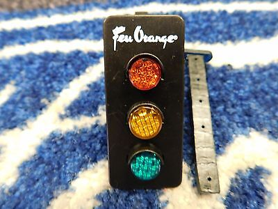Feu Orange Dash Vent Clip On  Traffic Light  Air Freshener Vanilla Scent Nos