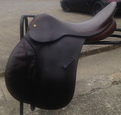 """17""""  Brown English Leather G/P Saddle med fit by Equi-Sport"""