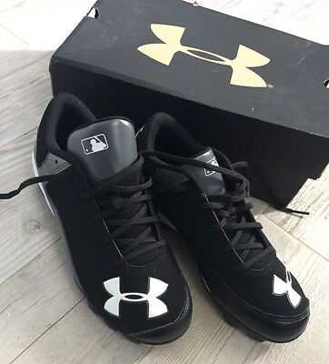 Authentic Under Armour UA Leadoff Low RM Jr. Baseball Cleat Size US 5Y New