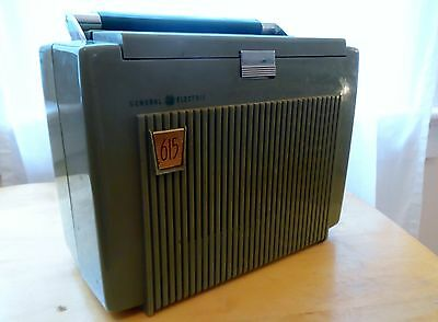 Vintage 1953 General Electric Model 615 Portable Tube Radio Cord/Battery
