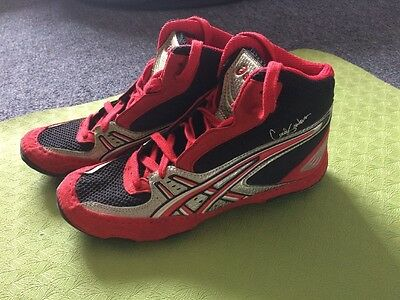 Women's Asics Boxing Boots, Boxing Shoes. Black, Red, Silver. Size US 6.