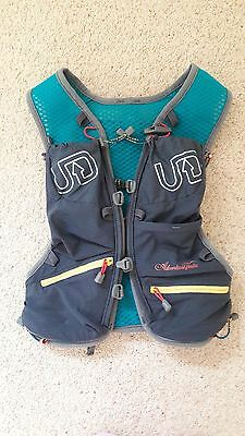 ultimate direction adventure vesta - womans XS/S - only worn once