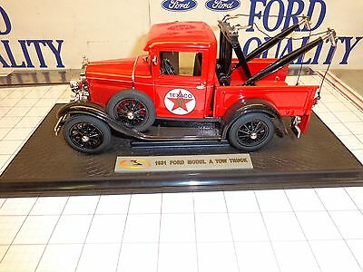 Texaco 1931 Ford Model A Tow Truck Wrecker Signature  Die Cast