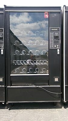 AP 7000 Full Size 30+ Selection Electronic Snack Vending Machine in great shape