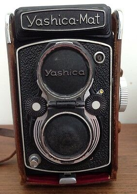 YASHICA-MAT COPAL MXV Twin Lens Reflex camera and case