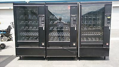 Electronic Snack Vending Machine 30+ Selections in great shape fully tested