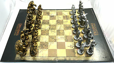 Lord Of The Rings The Fellowship Of The Ring Chess Board Game Parker Bros 2001