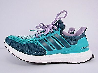 WOMEN'S ADIDAS ULTRA BOOST  size 9 ! WORN LESS THAN 10 MILES!! RUNNING SHOES!