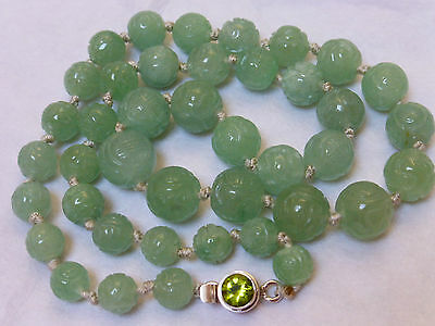 CHINESE NATURAL GREEN JADE CARVED SHU BEADS NECKLACE, STERLING SILVER CLASP, 91g
