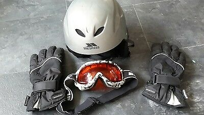 TRESPASS Adult  SnowBoard/ Ski Helmet Size Large , Goggles,Gloves Free Post