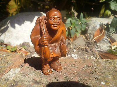 Hand Carved wood netsuke man with mask & hat vintage / antique style collectable