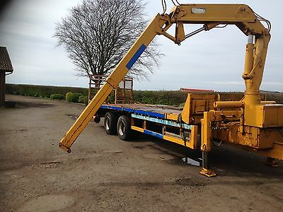 Low Loader Trailer With Hiab