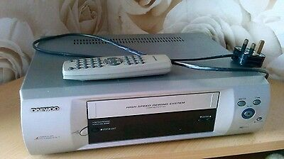 Daewoo vcr with remote st220p retro vintage collectable video player recorder