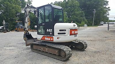 2005 Bobcat 442 Excavator 17000 lbs; 1237 hrs; Hydraulic Thumb; quick connect