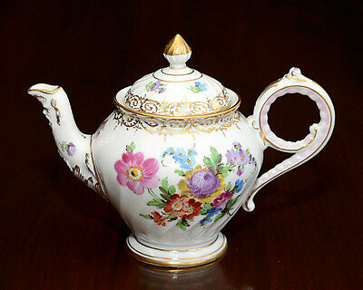 Dresden Adolph Hamann Studio Hand painted flower painting tea pot