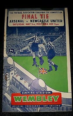1952 FA Cup final ARSENAL v NEWCASTLE UNITED   original match programme
